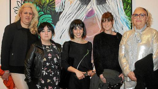 Ana Bárbara Cardellà, María Alcázar, Bel Fullana, Marina Planas y María José Corominas.