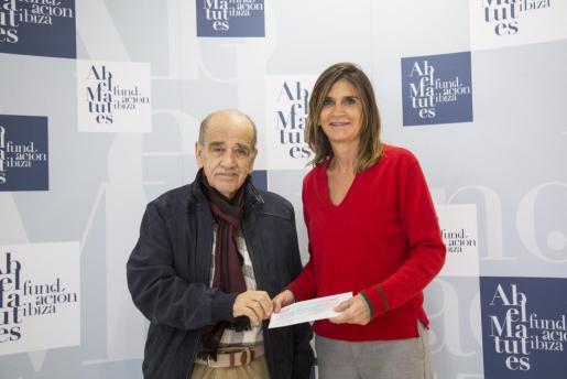 La Fundación Abel Matutes entregó su donación anual de 3.000 euros a APAAC
