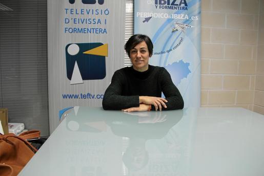 Diana Puig, una auténtica enamorada de la montaña, visitó ayer las instalaciones de Grupo Prensa Pitiusa.