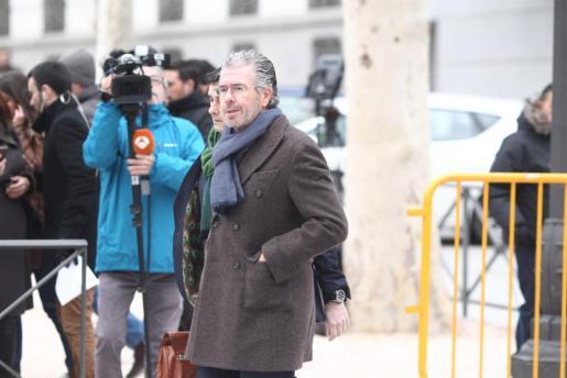 Francisco Granados llegando a la Audiencia Nacional para declarar.