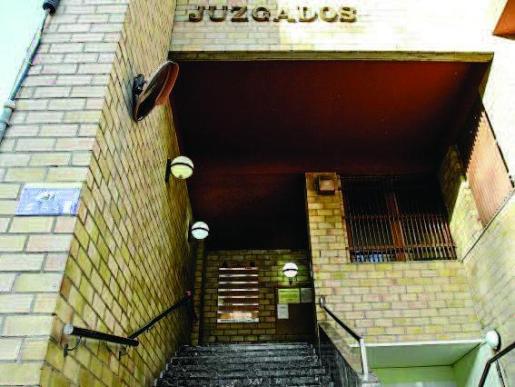 El juzgado de Violencia sobre la Mujer ordenó la detención del hombre que fue localizado en Valencia.