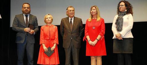 Gabriel Escarrer, Joana Nicolau, Javier Cortés, la consellera Patricia Gómez y Margalida Puigserver.