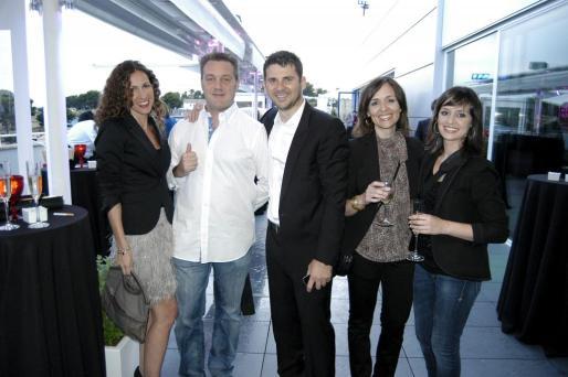 Cristina Ribot, Alfredo Herraenz, Carlos Lorenzo, Marta Fernández y Raquel Fernández.
