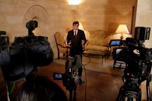 Antich compareció ante la prensa tras las reuniones de ayer.