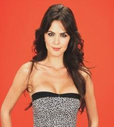 Foto de la presentadora i modelo Romina Belluscio.