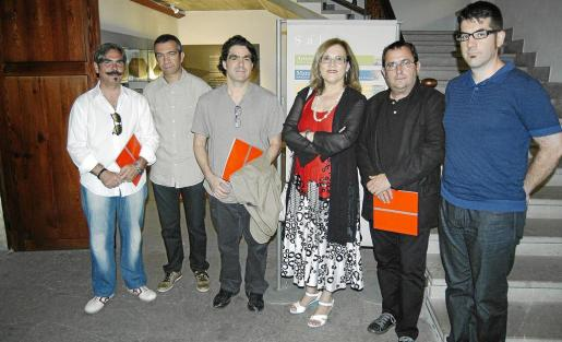 Joan Cifre, Biel Bauzá y algunos de los miembros del jurado, Christian Bagnat, Ana María Guasch, Daniel Castillejo y Pau Waelder.