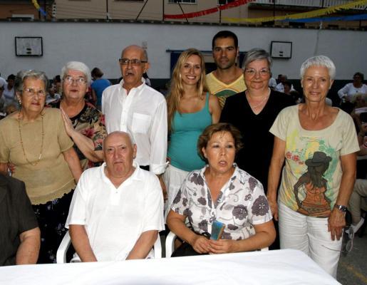 María Rosa Valle, Quiteria García, Manuel Amillo, Bernardí García, Esther Julià, María Ramírez, Basilio Amillo, Carmen Montiel y Ana López.