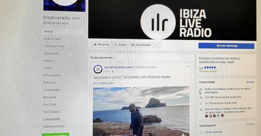 El set de música en directo está colgado y se puede ver en el perfil de esta radio.