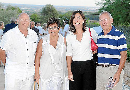 Rafael Lliteras, Catalina Siquier, Rafaela Payeras y Moisés Casas.