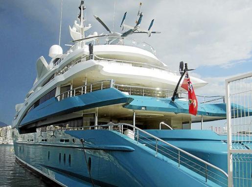 El Sunrays, uno de los megayates más lujosos del mundo,