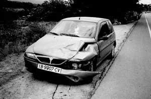 En la carretera de Santa Eulària también se produjo un accidente sin heridos en el kilómetro 1'3 de la carretera. Foto: GUILLERMO ROMANÍ.