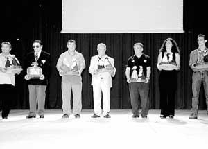 Los premiados en la Festa de l'Esport recogieron su premio. FOTOS: GUILLEM RIERA