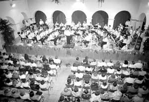 La Banda de Música «Ciutat d'Eivissa», dirigida por Manuel Ramon Mas, actuará esta tarde en Palma. FOTO: VICENÇ FENOLLOSA