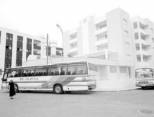 Los carteristas fueron sorprendidos en la parada de autobuses de Santa Eulària.