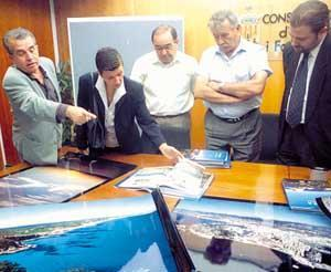 Julián Guisado, Carmen Serra, Pere Palau, Antoni Marí Calbet y Pep Bauçà, en la presentación del libro. Foto: VICENÇ FENOLLOSA.