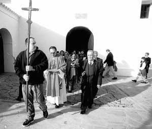 Sant Vicent de sa Cala también vive estos días sus fiestas. Foto: GERMAN G.LAMA.