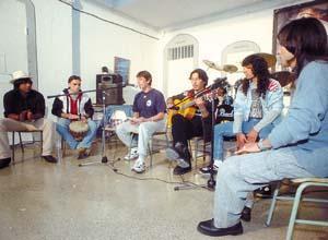 Los alumnos del Taller de Música de la prisión de Eivissa debutaron ayer.