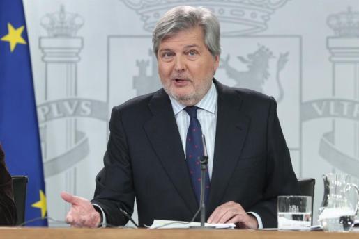Rueda de prensa de Íñigo Méndez de Vigo, ministro portavoz del Gobierno tras el Consejo de Ministros.