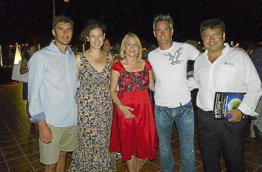 Miguel Lamperti, Isabel Andreu, Joana María Petrus, Ramón Autanelli y Manuel Hernández, director del Internacional de Pádel Ciutat de Palma Trofeo Oxidoc.