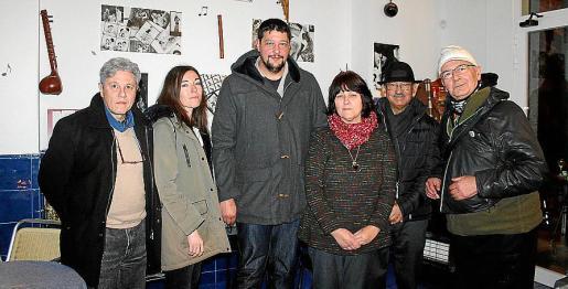 Miguel Palou, Mar Fernández, Tomeu Mir, Juana María Fernández Llobera, José Antonio Medina y Paco Cervero.