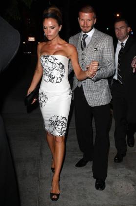 El futbolista David Beckham junto a su mujer, Victoria Beckham, en un a fiesta de Londres a principios de año.