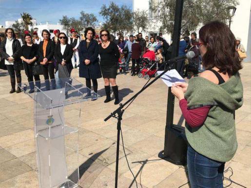 La vicepresidenta Susana Labrador, ayer, durante su discurso.