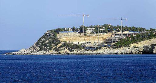 MARTES: Las obras paralizadas por el Ayuntamiento de Sant Joan en la Punta de sa Torre.