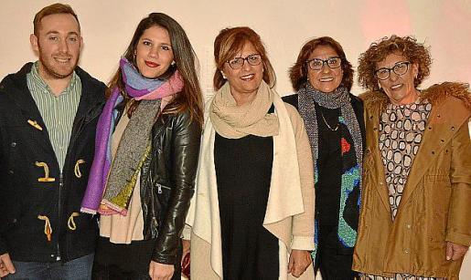 José Luis Carrillo, Magdalena Isern, Isabel Capellà, Pilar Cerdà y Joana Cirer.