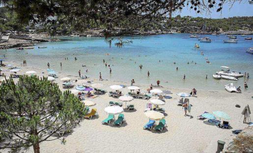 Un equipo técnico está elaborando un reglamento anexo a las normas urbanísticas que prohíban los beach clubs.