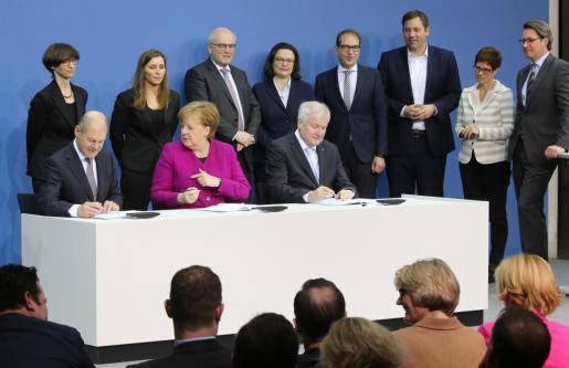 Firma del acuerdo de coalición en Alemania.