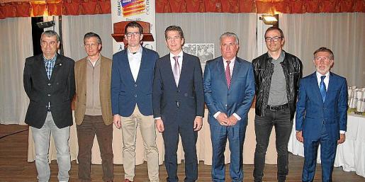 Jordi Gual, Javier Capalastegui, Bernat Vidal, Fernando Gilet, Norbey Andrade, Frank Brunot y Paco Cuenca.