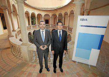 Alberto Charro y Miguel Cardoso, del BBVA, ayer en Palma.