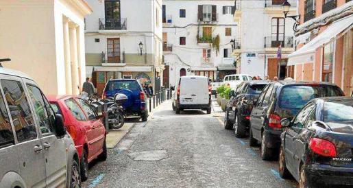 En la actualidad, todos los vehículos pueden acceder a Dalt Vila y la Marina sin ningún tipo de restricción.