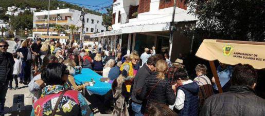 El buen ambiente fue el gran protagonista durante toda la jornada del domingo por la mañana en Cala Llonga.