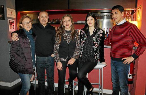 Mar Aleñar, Mario Vázquez, Ana Martí, María Bordoy y Amador Crespí.