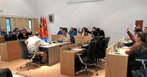 El pleno del Consell de Formentera aprobó por unanimidad el traspaso de la promoción turística.