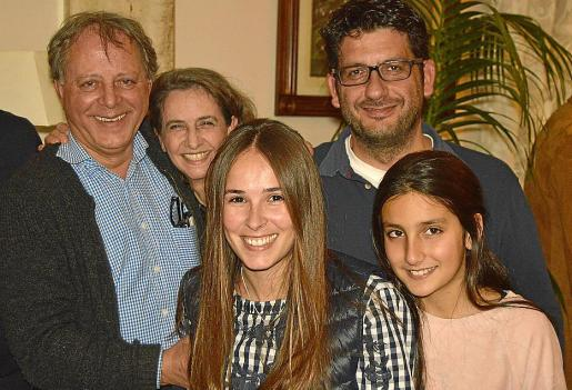 Miquel Mascaró, Isabel Bover, Arantxa Pons, Victor Sánchez e Iria Sánchez.