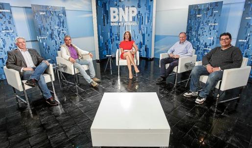 Enric Casanova (PSOE), Gian di Terlizzi (Podemos), Mariano Juan (PP) y Jesús Rumbo participaron en el debate.