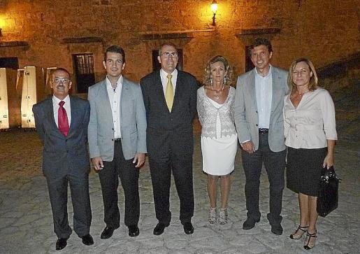 Jaime sastre, Fernando Gilet, Juan Ramis, María José Barceló, Mateo Isern y Tina Moranta.