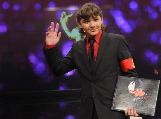 El hijo del cantante estadounidense Michael Jackson, Prince Michael Jackson posa durante la gala a beneficio de la Fundación Homenaje a Bambi, dedicada a apoyar organizaciones que ayudan a los niños necesitados.