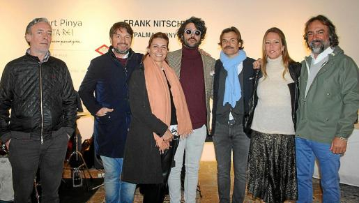 Frank Nitsche, Pep Roig, Pepa Aguiló, Albert Pinya –que expuso con éxito 'Panta Rei'–; Federico Piña, Susi Bellafont y Antoni Salvá, en la Galería Pelaires.