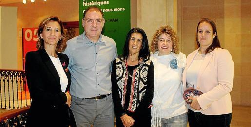 Margarita Pérez-Villegas, Josep Salvador, Joana Catalá, Noemí Vallespir y Verónica González.
