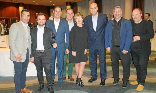 Miguel A. Matamoros, Francis Sánchez, Toni Asuara, Joan Mestre, Carme Fernández, Gerardo Alonso, David Magaña y Juan de la Hoz.