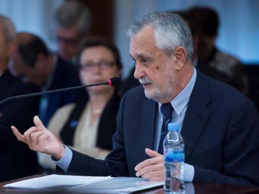 El expresidente andaluz responde a las preguntas del fiscal.