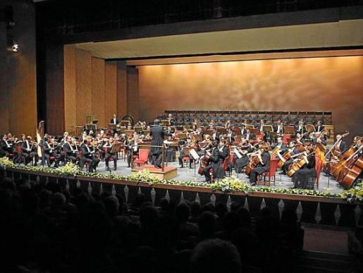 Imagen de archivo de una actuación de la Orquesta Sinfónica de Balears.