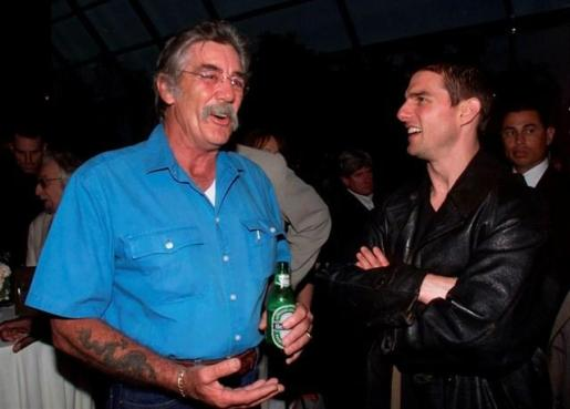 R. Lee Ermey junto con Tom Cruise