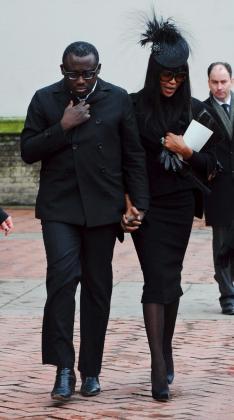 Naomi Campbell aparecía visiblemente afectada.