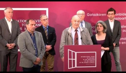 GIC, Foro Social y Bake Bidea llaman a participar en la cumbre de Kanbo sin citar la disolución de ETA.