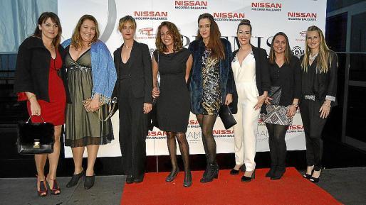 Rosana Piñero, Ana Fabio, Alejandra Jarne, Maria Rosa Serra, Eugenia Moreno, Carla Rabell, Marian Tous y Diana Carrasco.
