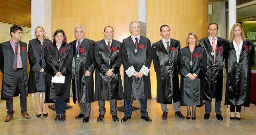 Miguel Font, Irma Riera, Carmen López, José Miguel del Campo, Rafael Gil, Martín Aleñar, Javier Fernández, Bruna Negre, Miguel Albertí y Neus Linares.